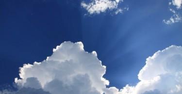 sunbeam-in-clouds